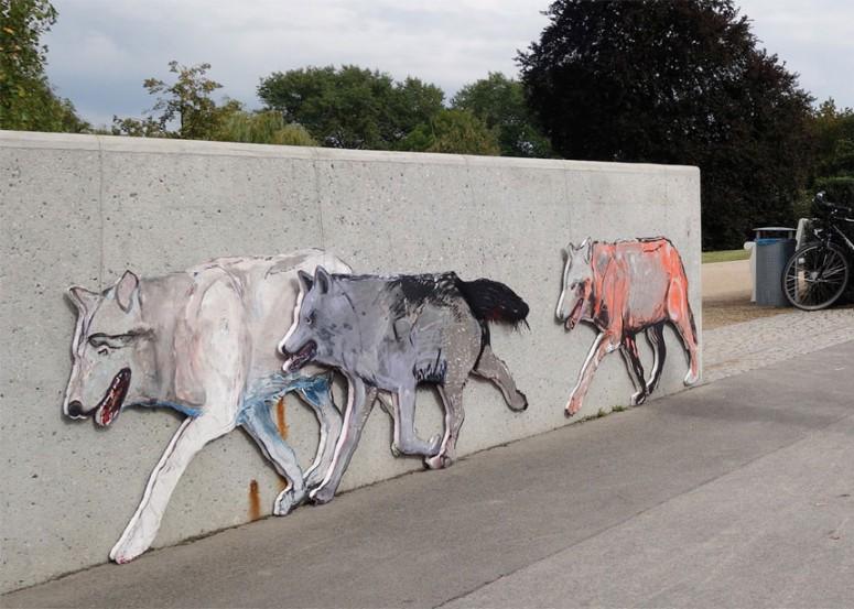 Wildwechsel Wölfe auf der Langen Brücke. Potsdam